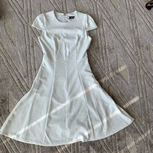 DKNY gorgeous white slim fitting dress. Size S